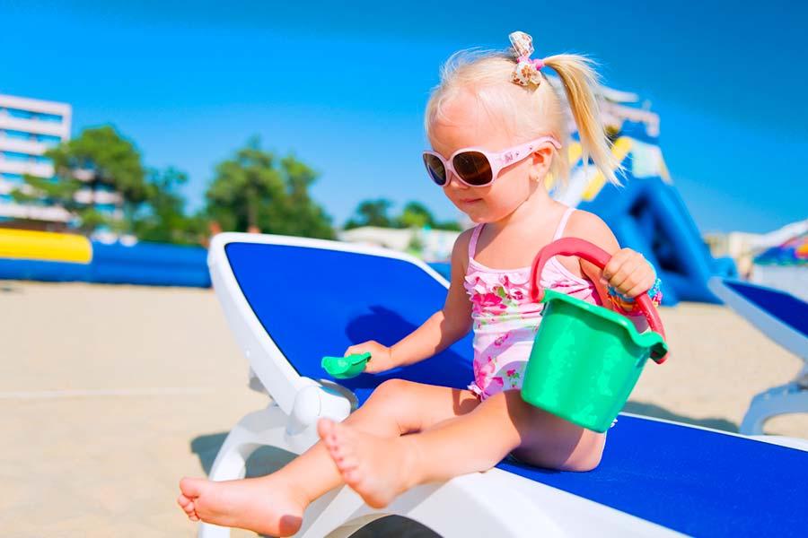 Perché fa bene portare i bambini al mare
