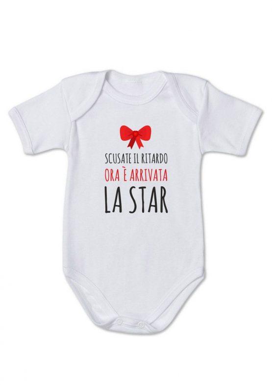 """Body neonata """"scusate il ritardo ora è arrivata la star"""""""