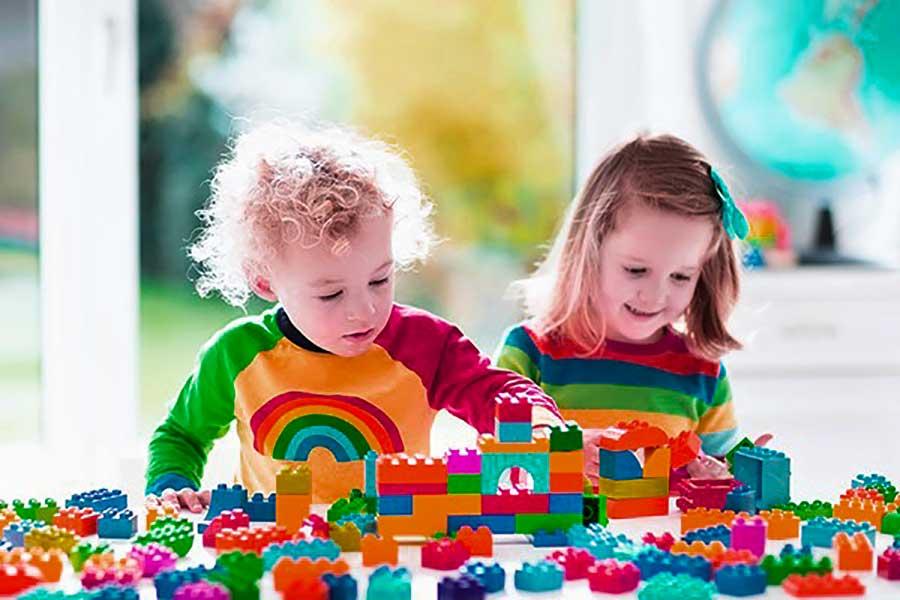 8 attività utili e divertenti da fare con il tuo bambino