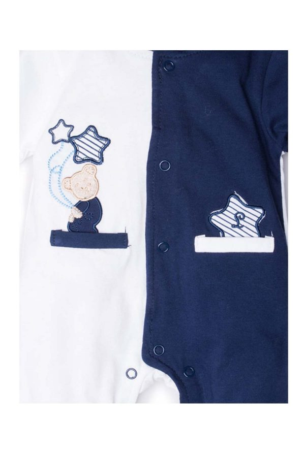 dettaglio tutina luglio abbigliamento bicolore bianco blu orsetto ricamato