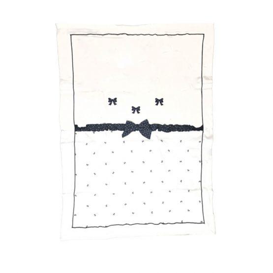 Coperta in cotone per femminuccia con fiocchi disegnati Bidibimbo